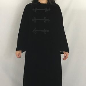 50s/60s Oriental Style Velvet Evening Coat